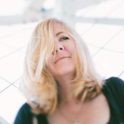 Photo of Erin Belieu